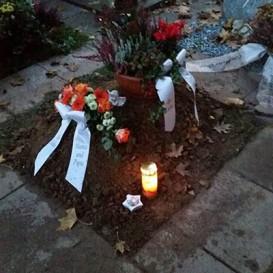 Grab abends nach der Beerdigung